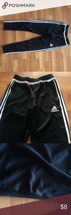 Asidas straight legs athletic pants. Size M Tag cut out but pants are a size M in women's. Please note some snags in the pants as seen in the pictures. Adidas Pants