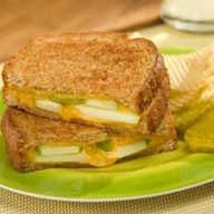 Apple N Cheddar Grilled Cheese #healthy #food #recipe #yum @MS Carrie Scheiner