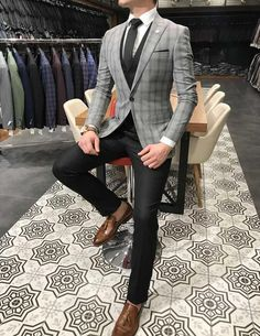 Terziademaltun - Italian style slim fit jacket vest trousers gray suit T ., Source by Outfits indian Indian Men Fashion, Mens Fashion Suits, Mens Suits, Blazer Outfits Casual, Stylish Mens Outfits, Designer Suits For Men, Slim Fit Jackets, Mode Style, Men Dress