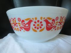 503 1.5 Q Amish Butterprint Pyrex Casserole with Lid