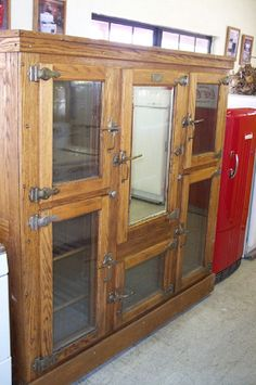 Old Wood Ice Box On Pinterest Refrigerators Vintage Refrigerator And Boxes