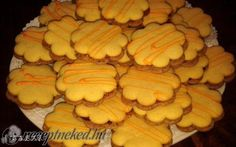 Érdekel a receptje? Kattints a képre! Hungarian Recipes, Pavlova, Cake Cookies, Healthy Living, Snack Recipes, Food And Drink, Chips, Sweets, Vegetables