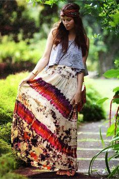 Gorgeous colorful flowy maxi skirt fashion style