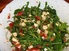 Rucola - tomat - mozzarella - sallad - recept - Küche - Care Your Health Vegetarian Recipes Dinner, Healthy Dinner Recipes, Chicken Salad Recipes, Feta, Crockpot Recipes, Coleslaw, Low Carb, Savory Snacks, Gourmet