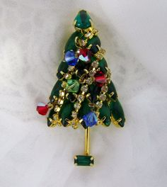 Vintage Large Christmas Holiday Tree Multicolor Rhinestone Brooch Pin