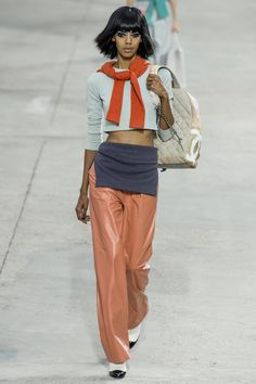 #moda #fashion Photos and reviews of the Chanel Spring Summer 2014 Ready-To-Wear collection #Chanel