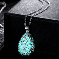 SHARE & Get it FREE | Trendy Hollow Out Water Drop Baroque Style Carve Luminescent Faux Gem NecklaceFor Fashion Lovers only:80,000+ Items • FREE SHIPPING Join Twinkledeals: Get YOUR $50 NOW!