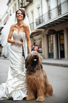 Glamour with a Dash of New Orleans Wedding - Belle the Magazine . The Wedding Blog For The Sophisticated Bride
