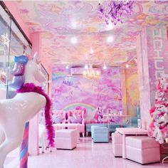 Walk-in Only Unicorn Cafe in Bangkok, Thailand Unicorn Cafe, Unicorn Rooms, Unicorn Room Decor, Unicorn Bedroom, Unicorn Gifts, Girl Bedroom Designs, Room Ideas Bedroom, Girls Bedroom, Dream Rooms