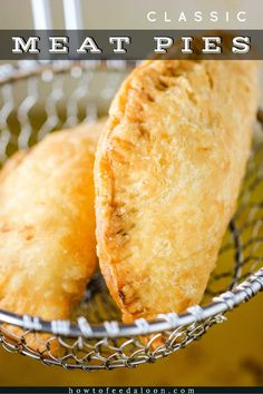 This Classic Meat Pie recipe is the bomb. Start with easy homemade pie dough, make the incredible sa Meat Recipes, Mexican Food Recipes, Cooking Recipes, Recipies, Empanadas Recipe, Beef Empanadas, Fried Pies, Comida Latina, Homemade Pie