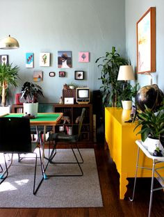 Sarah and Fred's Leafy Art-House