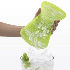 Foremki do kruszonego lodu C'rush Lekue 2 szt. zielone. Więcej znajdziesz na mykitchen.pl #kuchnia #homedecor