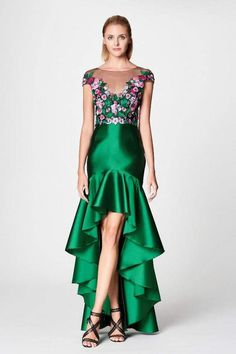 Marchesa Notte - Embroidered Hi-Lo Trumpet Gown Classy Prom Dresses, Gala Dresses, Elegant Dresses, High Low Gown, Trumpet Gown, Runway Fashion, Womens Fashion, Marchesa, Skirt Outfits