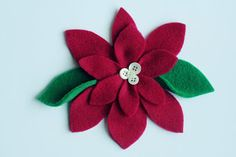 simple as that: pretty poinsettias: a simple Christmas craft #fabricflowers #feltflowers