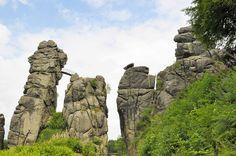 Externsteine, Teutoburg Forest, Germany // Plan your perfect Trip on www.exploya.com // #exploya #wanderlust #bucketlist #takemethere #travellife #traveladdict #traveltheworld #travelphotography #travelpics #travelphoto #inspiration #instagood #travelingram #travelgram  #travel #startup #instatravel #travels #travelling #traveler  #externsteine #deinNRW #germanytourism #teutoburgerwald #teutoburgforest #forest #badmeinberg #germany #europe #eurotrip