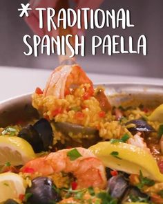 Tilapia Recipes, Seafood Recipes, Chicken Recipes, Dinner Recipes, Instapot Vegetarian Recipes, Veggie Recipes, Traditional Spanish Paella Recipe, One Pot Rice Meals, Spanish Homes