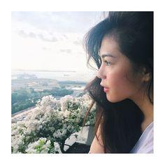 Photo from Janella Salvador (IG) Filipina Actress, Filipina Beauty, Travel Hairstyles, Autumn Inspiration, Salvador, Travel Style, Idol, Instagram, Aesthetics