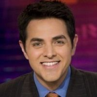 Robert Flores is the co-anchor for 12pm to 3pm ET SportsCenter. Flores joined ESPN in March 2005 and has served as anchor on ESPNEWS, 11pm SportsCenter anchor and host for Friday Night Fights.