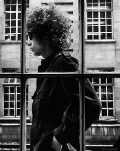 Bob Dylan- does he ever not look cool?