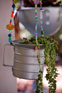 knitSters: Hanging Junk Garden how-to