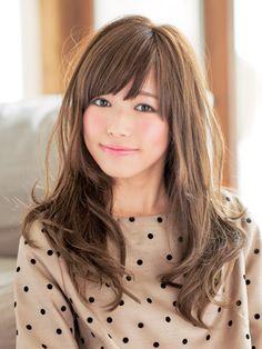 ロングカット×面長さんにおすすめしたい愛されヘアスタイル☆毛先のゆるめカールのアレンジで守りたくなる愛される髪型♡