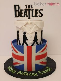 "The Beatles! The top tier is to represent John Lennon's famous white suit and the Abbey Road album, all sitting on a ""record"" cake board. Beatles Cake, Beatles Birthday, Les Beatles, Beatles Party, Crazy Cakes, Cupcakes, Cupcake Cakes, Gorgeous Cakes, Amazing Cakes"