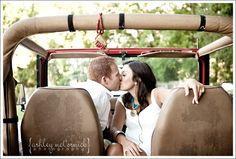 Jeep wedding kiss! AWESOME! Re-Pinned by www,JeepDreamsUSA.com