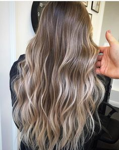 Are you going to balayage hair for the first time and know nothing about this technique? We've gathered everything you need to know about balayage, check! Beige Blonde Balayage, Blonde Hair With Highlights, Brown Blonde Hair, Brunette Hair, Golden Highlights, Brunette Color, Brunette Highlights Summer, Sandy Blonde Hair, Beige Highlights