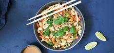 Kjøp Thaisalat med kylling og resten av ukeshandelen med ett klikk! Thaisalat med sprø grønnsaker, saftig kylling og supergod dressing, passer perfekt som en sunn, smaksrik og enkel middag.