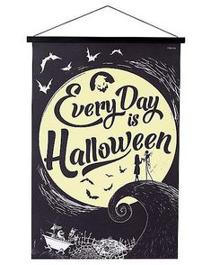 Every Day Is Halloween Sign Decorations - The Nightmare Before Christmas Halloween Queen, Halloween Signs, Halloween Birthday, Halloween Town, Spirit Halloween, Halloween Themes, Halloween Crafts, Halloween Decorations, Halloween Stuff