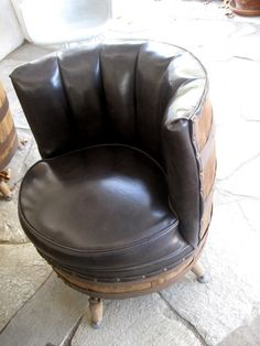 Set Of 4 Vintage Whiskey Barrel Chairs Furniture