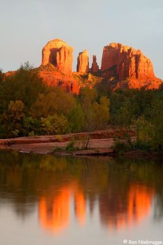Cathedral Rock and Oak Creek, Sedona, Arizona. I had the best time in Sedona !!!!
