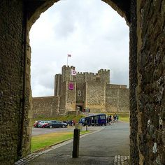 https://flic.kr/p/uK12HN   Dover castle tourist day. #upsticksngo #travelpics #worldtraveler #tourism #englishheritage