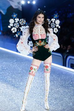 2cc4fae044d Every Look from the 2016 Victoria s Secret Fashion Show