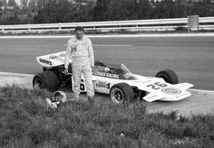 Dave Charlton 1972 in a privately entered Lotus 72 at the South African GP. Indy Cars, F 1, Formula One, Grand Prix, Race Cars, South Africa, Cool Photos, Indie, African