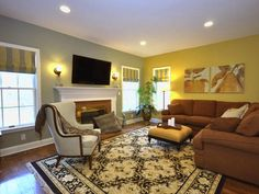 Color Palette Idea for Living Room Awesome Transitional Living Room Taupe Living Room Color Schemes Dining Room Colour Schemes, Apartment Color Schemes, Dining Room Colors, Taupe Living Room, My Living Room, Room Interior Design, Living Room Interior, Gold Interior, Interior Paint