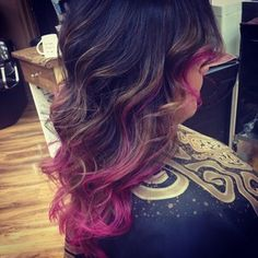 Same goes with pink. | 35 Low-Key Ways To Add Color To Your Hair  I want this but in green.