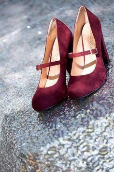 Burgundy velvet shoes