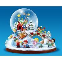 Ultimate PEANUTS Snow Globe - The Danbury Mint