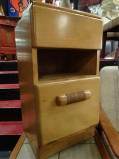 """Sold for only $40 in Sept. 2014. HEYWOOD WAKEFIELD NIGHTSTAND, EARLY 1940's, IN WHEAT FINISH, WITH HEYWOOD WAKEFIELD LABEL, EXCELLENT CONDITION, 13"""" x 13"""" x 25.5"""", SKU9000.158"""