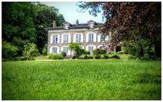 Enclos Montplaisir Mansions, House Styles, Wedding, Presentation, Paris, Ile De France, Places, Valentines Day Weddings, Montmartre Paris