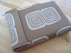 Simple Laptop Sleeve - free sewing pattern