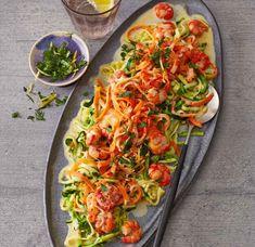 Gemüse-Pasta mit Garnelen und Kräuter-Gremolata Rezept - [ESSEN UND TRINKEN]