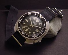C.1975 Iconic SEIKO Drivers 6105-811x with NATO strap