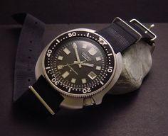 C.1975 Iconic SEIKO Drivers 6105-811x with NATO strap