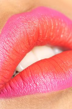 Ombré lips! MAC lipstick colors in Booyah! & Pink Pigeon