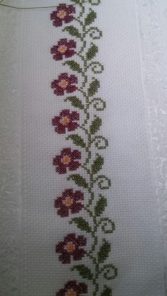 This Pin was discovered by Fer Cross Stitch Borders, Cross Stitch Flowers, Cross Stitch Designs, Cross Stitching, Cross Stitch Embroidery, Cross Stitch Patterns, Embroidery Patterns Free, Embroidery Designs, Canvas Template