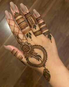 Henna Hand Designs, Latest Henna Designs, Henna Tattoo Designs Simple, Floral Henna Designs, Basic Mehndi Designs, Stylish Mehndi Designs, Mehndi Designs For Beginners, Mehndi Designs For Girls, Mehndi Design Images