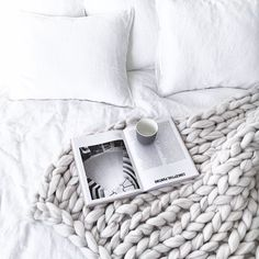 Curated by minimalmaxx // simple style // minimal Scandinavian // peaceful home // hygge Home Bedroom, Bedroom Decor, Bedrooms, Bedroom Ideas, My New Room, My Room, Home Interior, Interior And Exterior, Scandinavian Interior