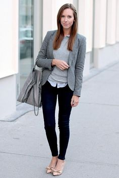 Convient Fall Fashion Ideas for Working Women (39)